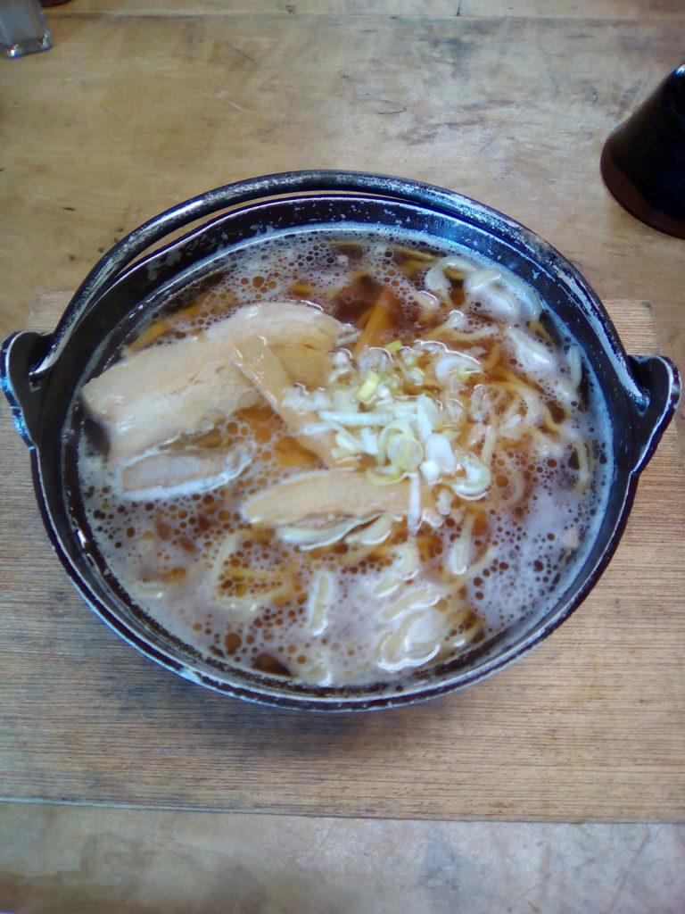 剣沢小屋鍋ラーメン