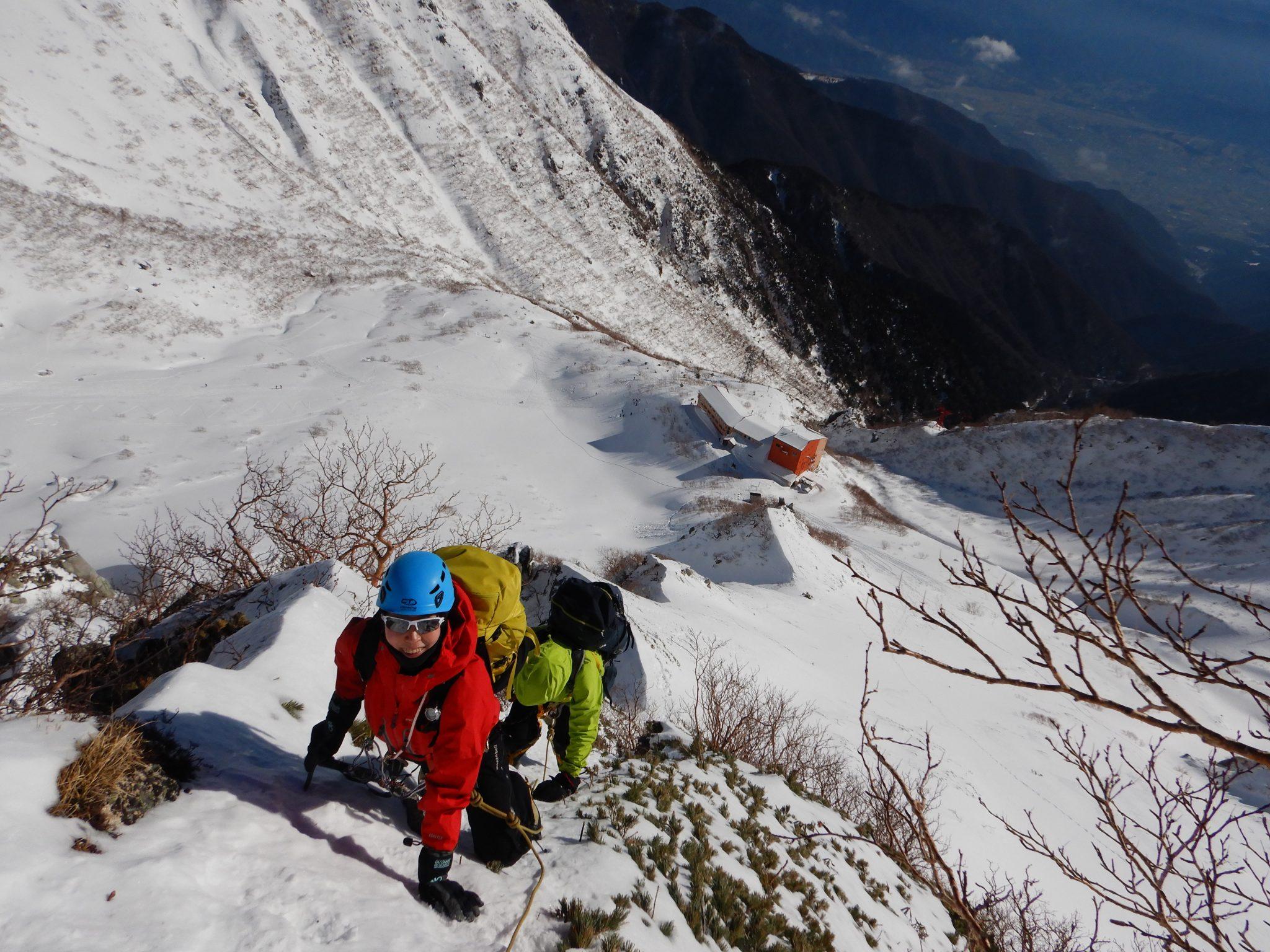 アイゼン+ピッケルワーク講習+滑落停止訓練とサギダル尾根から宝剣岳2日間